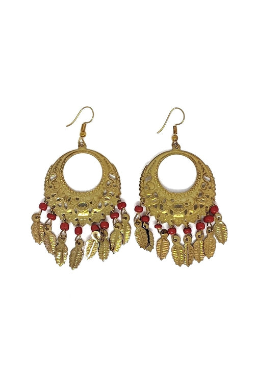 YELLOW-GOLD METAL EARRINGS WITH RED BEADS