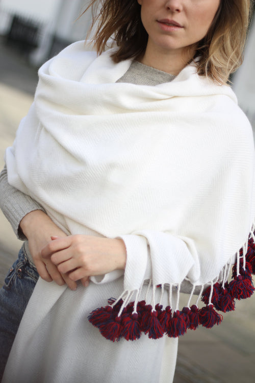 PURE & SOFT TASSELED CASHMERE SHAWL