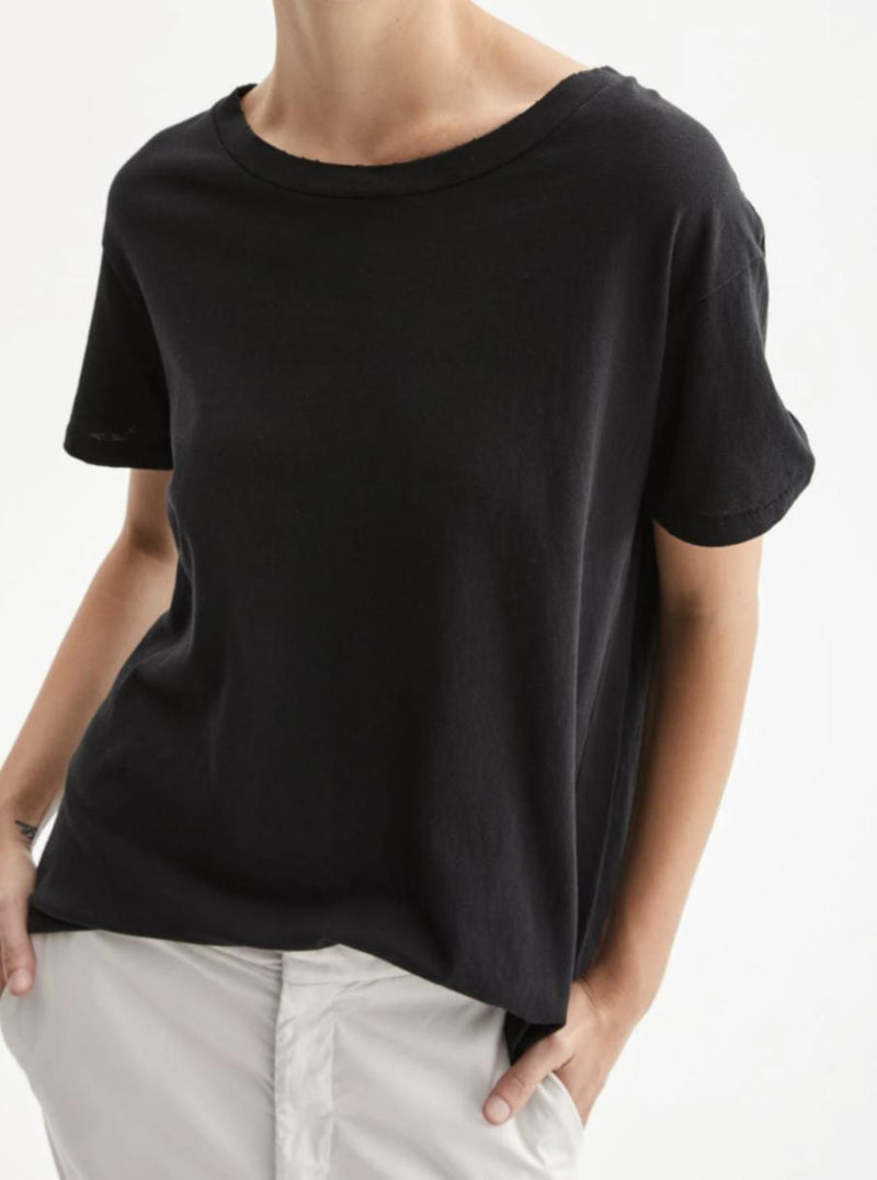 Brady Tee - Washed Black-Nili Lotan-Tucci Boutique
