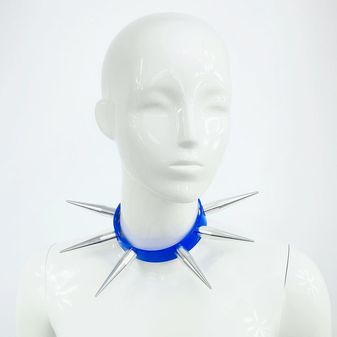 BITCHSPIKE CHOKER IN BLUE + SILVER