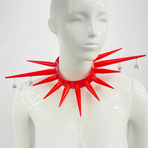 PIERCED FLAIL BITCHSPIKE CHOKER IN RED