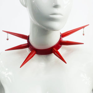 PIERCED FLAME BITCHSPIKE CHOKER IN RED