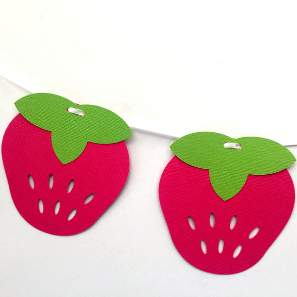 Strawberry Garland in Pink