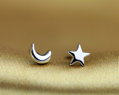 Sky Gazer Moon and Star Earrings