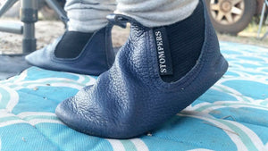 Stompers navy leather baby boots