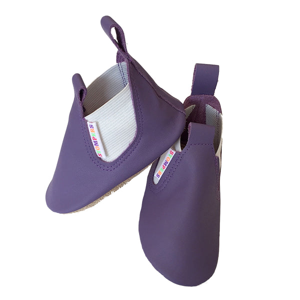 Mauve leather toddler boots side