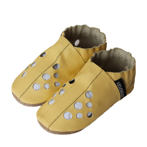 Yellow leather baby sandals