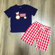 6/12m- 6/7 • Little Plaid Tractor Shorts Set