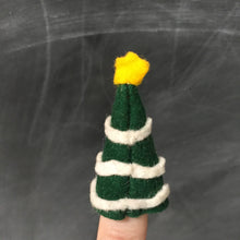 Christmas Tree Finger Puppet