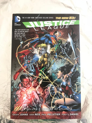 Justice League Vol 3 Throne of Atlantis  正义联盟 3卷签名合集 硬皮