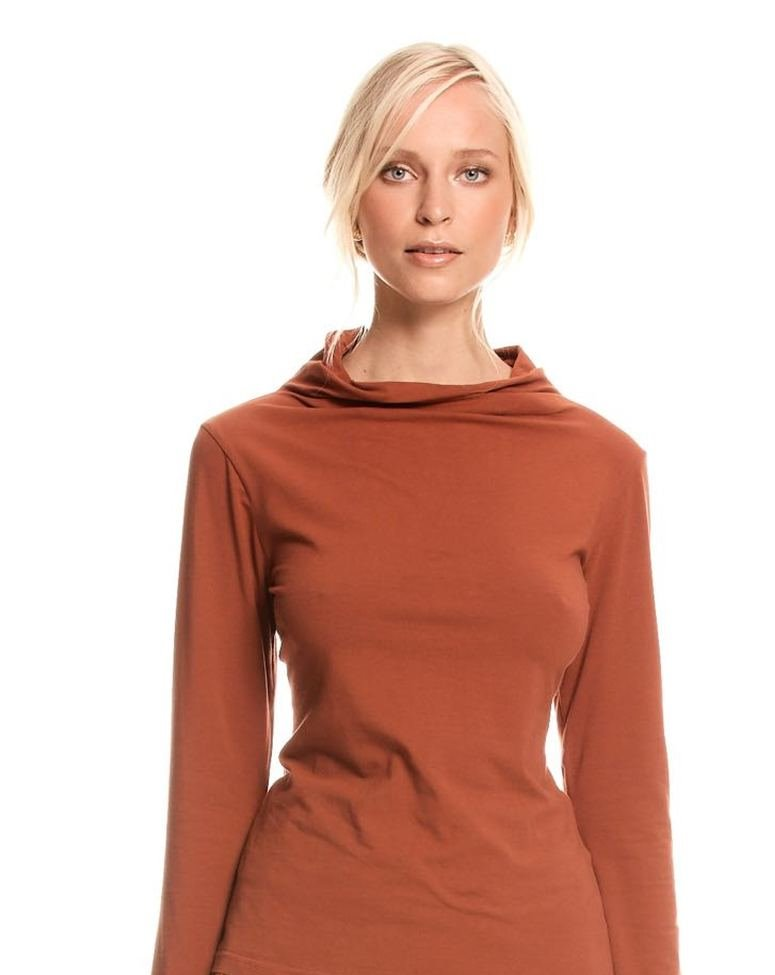Relaxed Neck Skivvy Clay