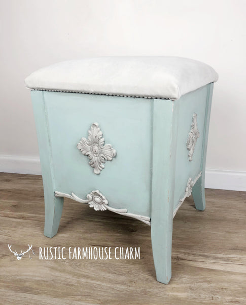 French Style Footstool with Storage - Rustic Farmhouse Charm