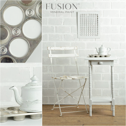 LAMP WHITE Fusion™ Mineral Paint - Rustic Farmhouse Charm