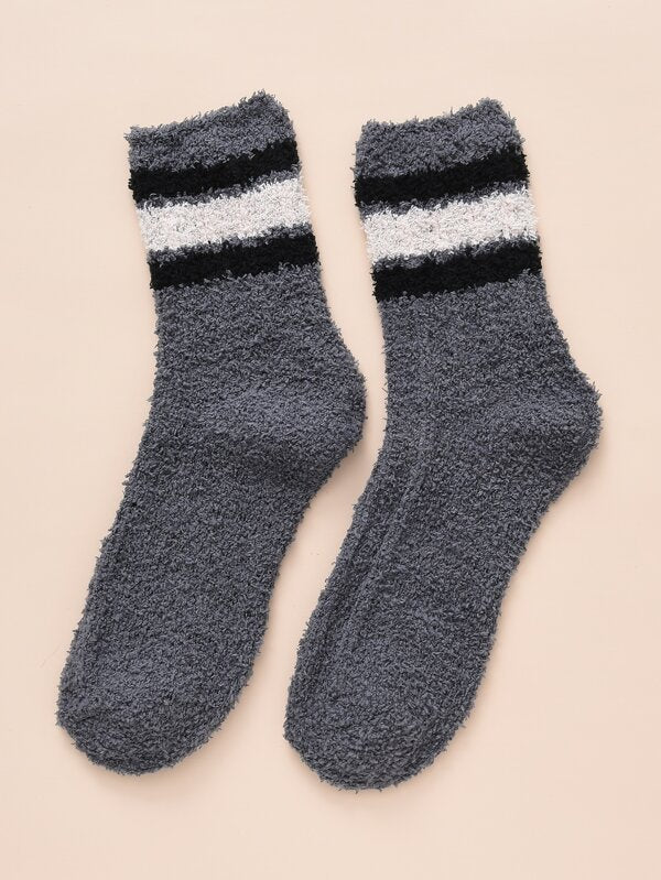 Grey Stripe Contrast Fuzzy Socks
