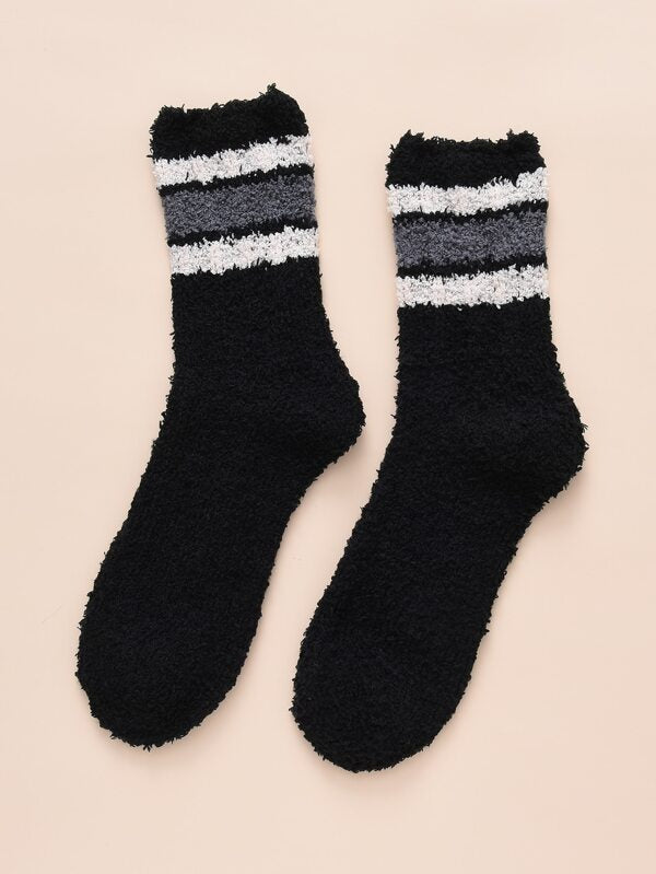 Black Stripe Contrast Fuzzy Socks