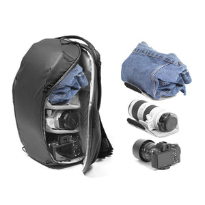 Peak Design Everyday Backpack 20L Zip in Black Color 2