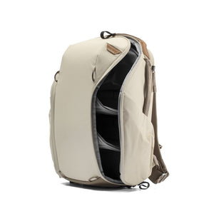 Peak Design Everyday Backpack 15L Zip in Bone Color 5