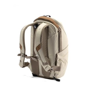 Peak Design Everyday Backpack 15L Zip in Bone Color 3