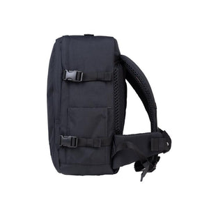 Cabinzero Classic Pro 32L in Absolute Black Color