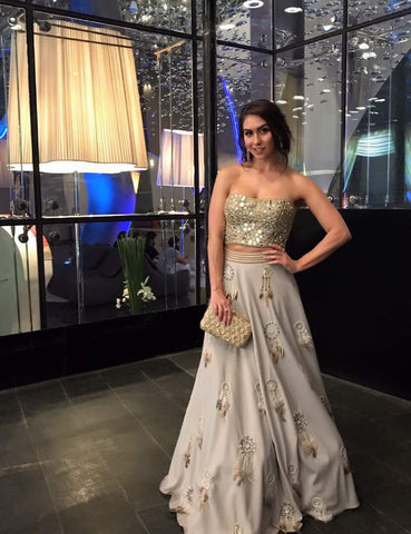 Image of Lauren gottlieb wearing Yoshita