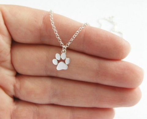 **GIVEAWAY***Paw Print Necklace***GIVEAWAY***