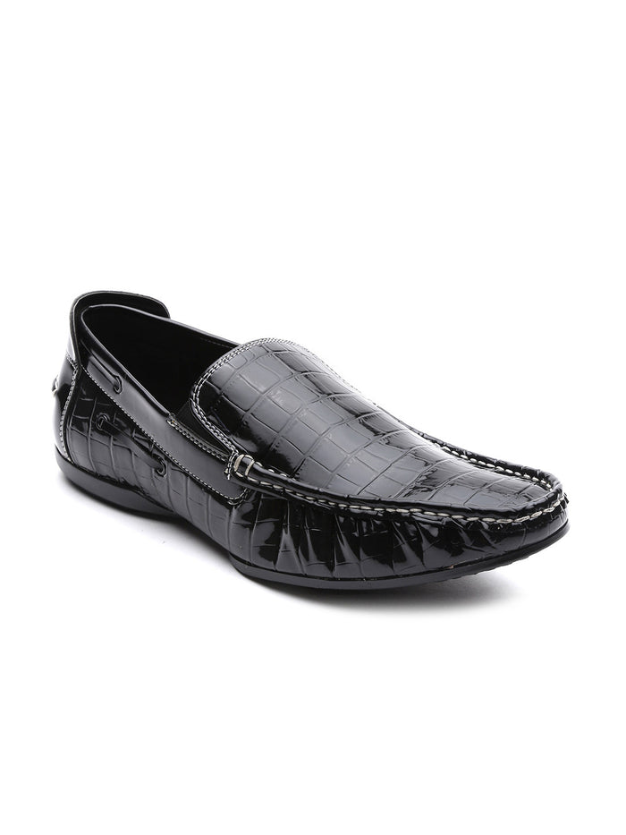 San Frissco Men Black Textured Loafers