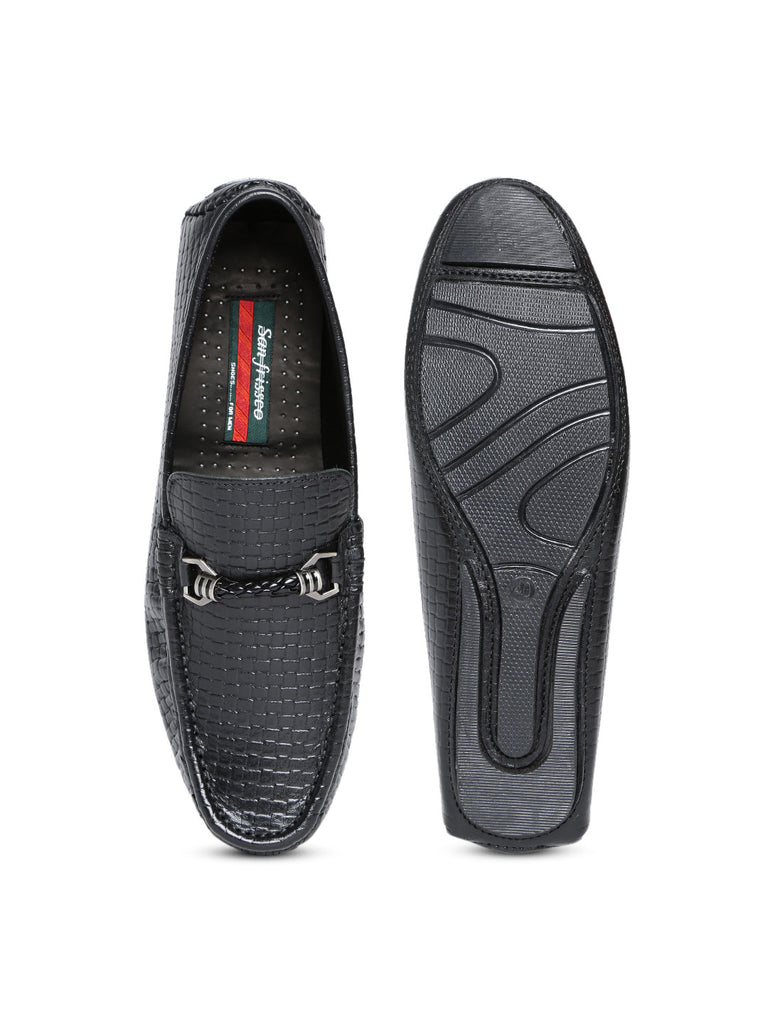 San Frissco Men Black Textured Leather Loafers