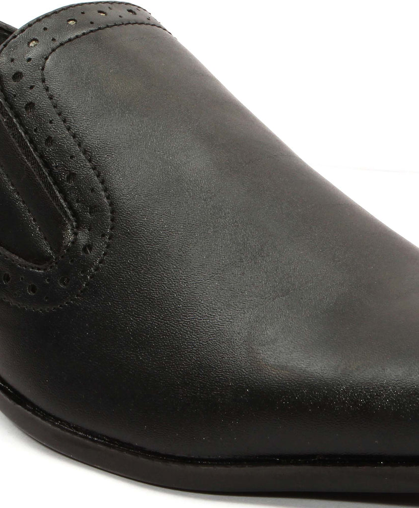 San Frissco Men Black Slip-on