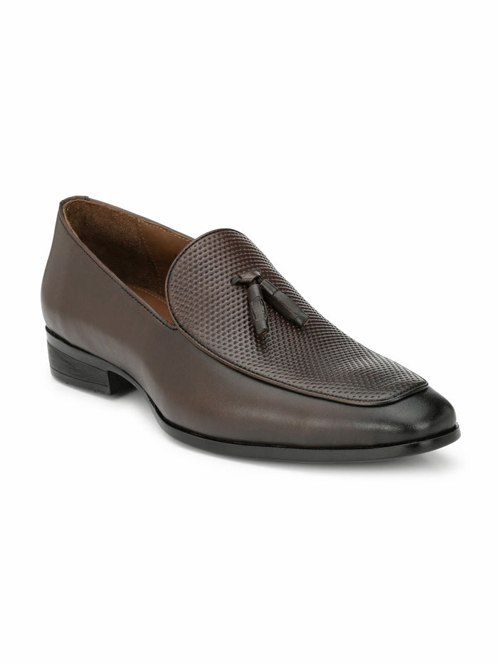 SAN FRISSCO MEN Brown SLIP-ONS WITH TUSSEL