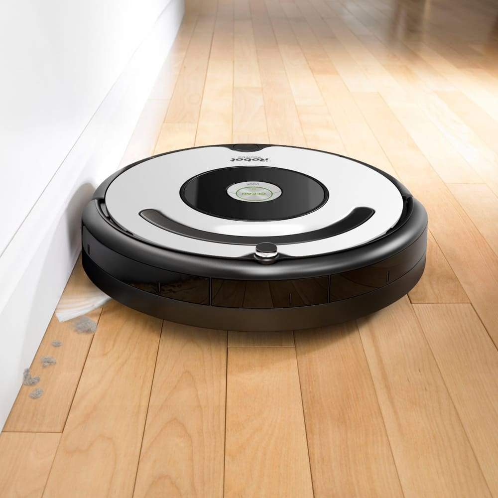 iRobot Roomba 670: Wi-Fi Connected Robot Vacuum - NEWEST 600 series model