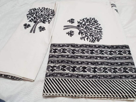 Classic Black and white color block print bedspread