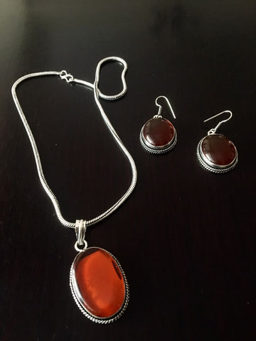 Silver toned Drop Pendant set with Cut stone & ear rings