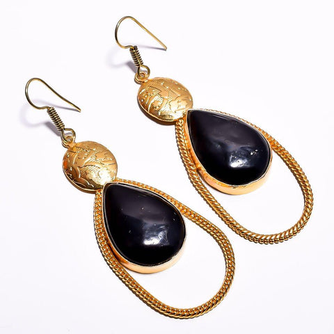 Stylish Dew drop Black Cut Stone Earrings