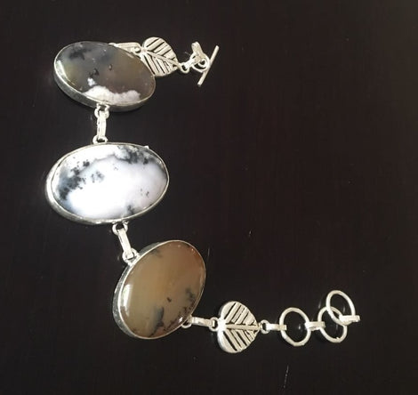 Silver toned Bracelet with cut stones
