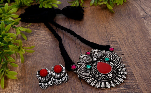 Dual peacock 2 red pendant thread necklace with earrings