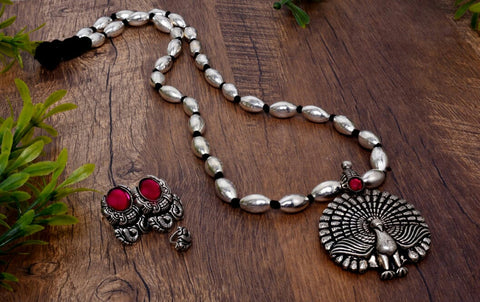Dancing peacock bormal necklace with earrings