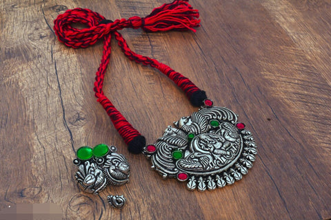 Ganesh pendant thread necklace with earrings