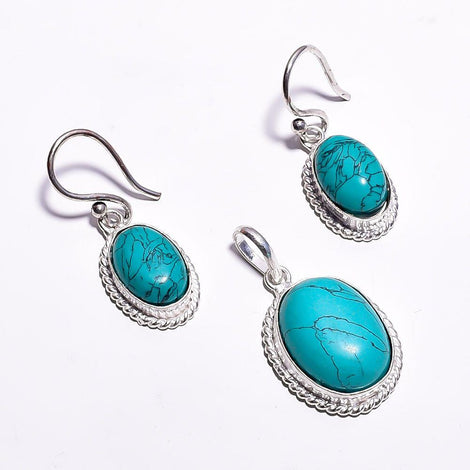 Silver Toned Drop Pendant Set With Cyan Cut Stone & Ear Rings