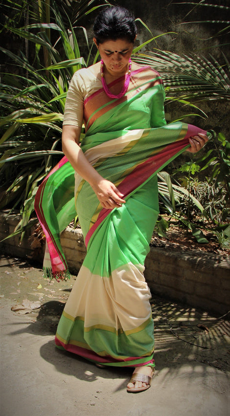 Green with off-white Pure Cotton Hand Woven Maheshwari Saree