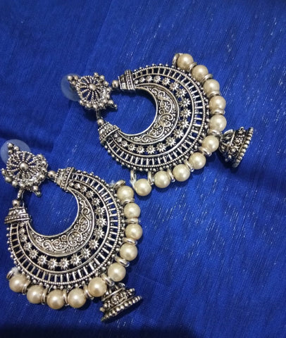 White beads Chand Baali