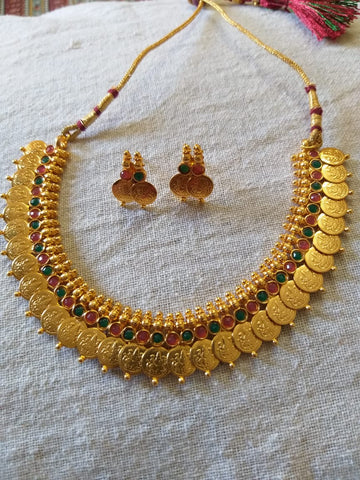 Traditional temple kasu jewellery set beautiful matching earrings