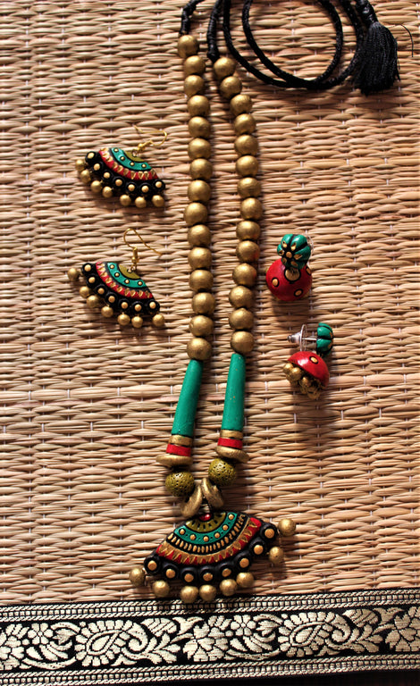 artistic handcrafted terracotta necklace set with two pairs of  earring