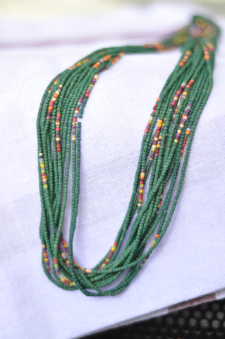 leaf green twisted multibeads necklace