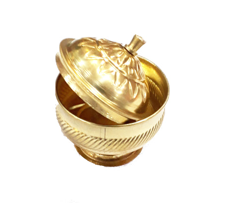 Haldi Kumkum container is a significant part of all religious festivals and celebrations.It would be a befitting addition to your pooja room.This piece also makes a great gift for auspicious occasions. Design: Made in brass. Brass is well known for its grasping capacity. It grasps the divine spirit upto 30%, when compared to other metals. The spiritual vibrations are attracted towards these shining idols easily.