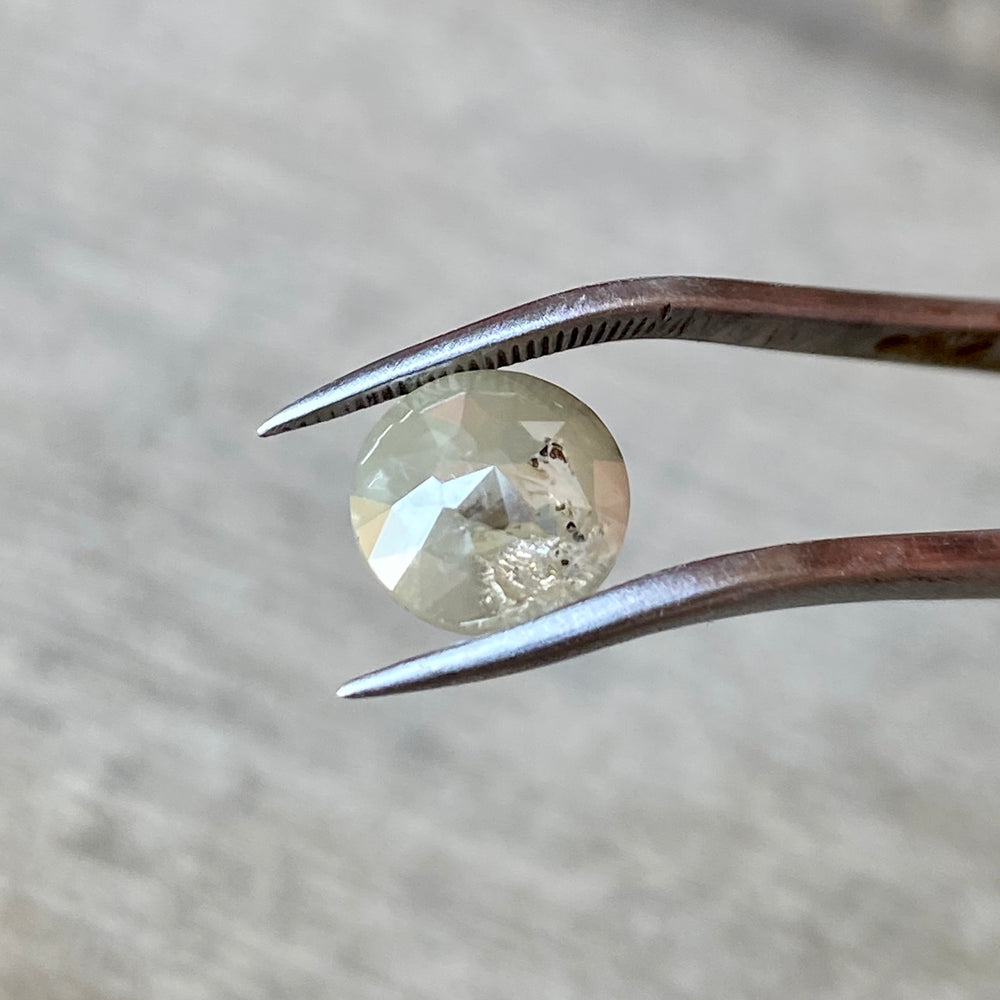 1.16 CT Light Gray Diamond