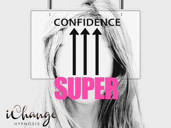 super confidence hypnosis. contains a girls face in black and white with three arrows going upward pointing to confidence and the word super underneath the arrows in pink.