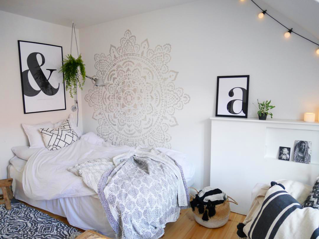 Use mandala stencils in your home