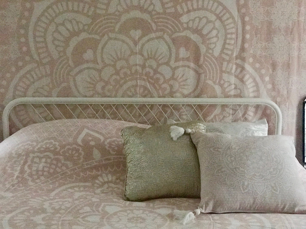 Pink HOLY MANDALA bed cover 230 x 230 cm, 90,5""