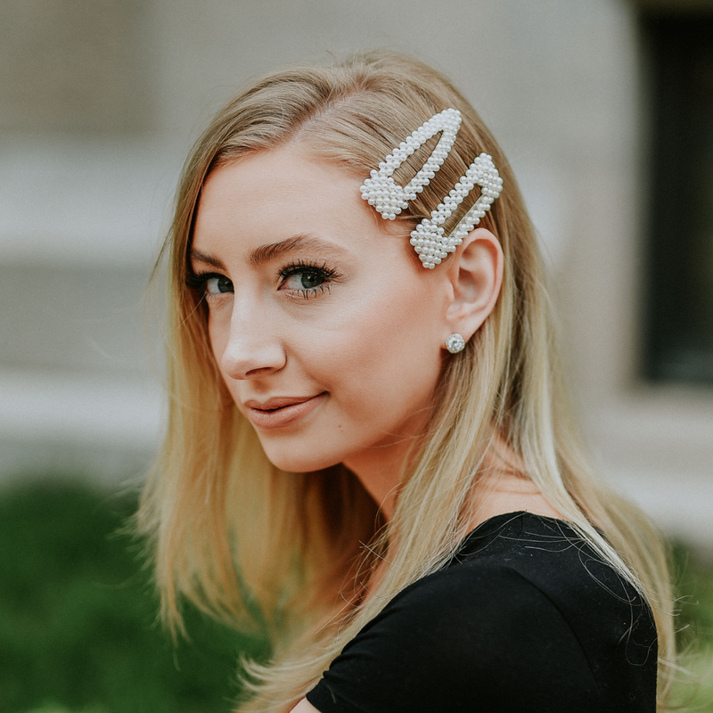 THE CHRISTY 4 PIECE HAIR CLIP SET - Pearl Clip Set