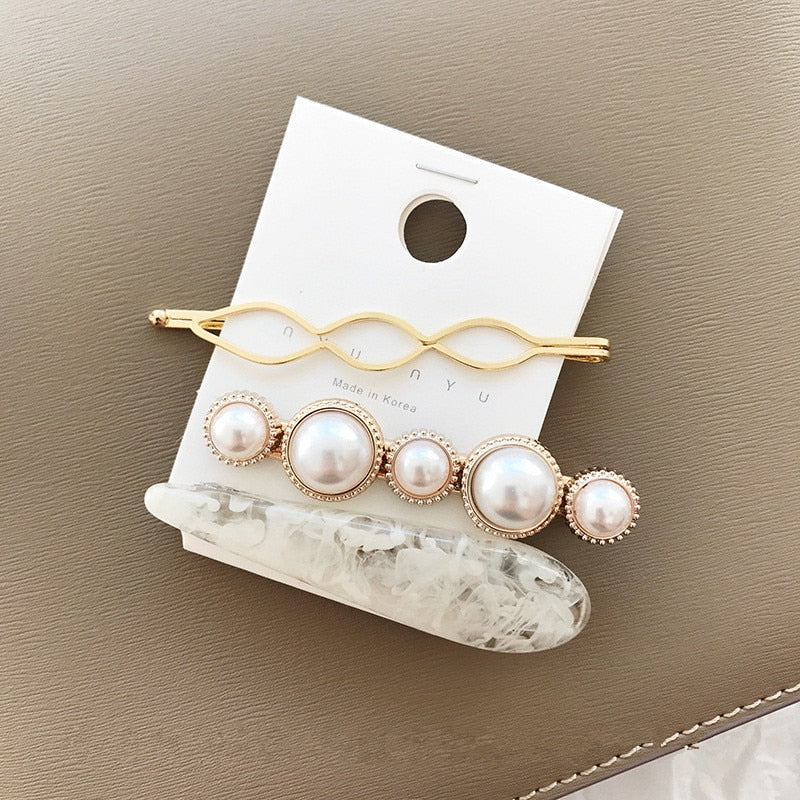 Chelsea Classic Pearl Hairpin - Pearl White